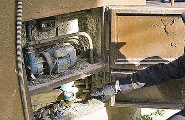 Santa Maria di Licodia. Furto d'acqua potabile, 3 arresti e 5 denunce