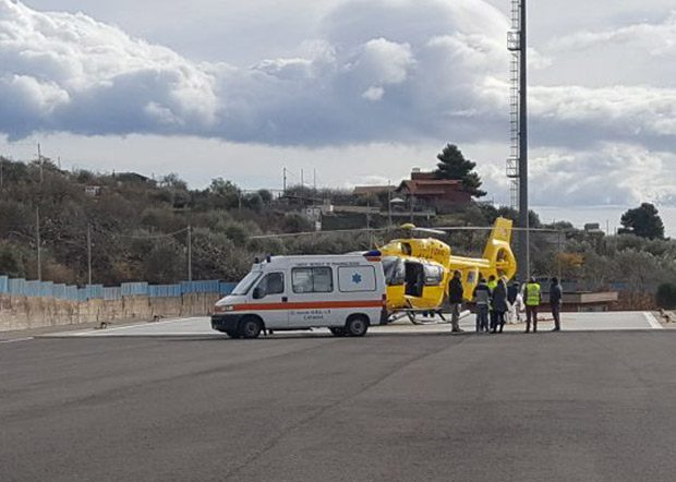 Adrano. Incidente semi-frontale in contrada Difesa Luna