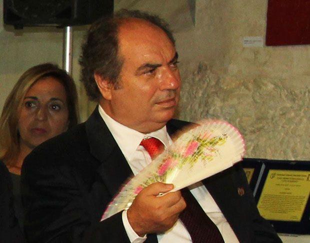"""Biancavilla. Domani """"Viaggio in Sicilia, terra di attori"""" con Gilberto Idonea"""