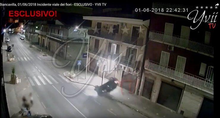 Biancavilla. Immagini shock: l'incidente in diretta da una webcam