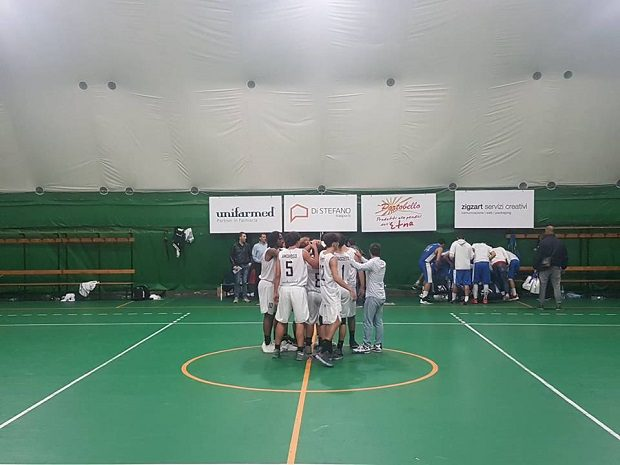Basket. Domani l'Adrano Basket sfiderà a domicilio Amatori Messina