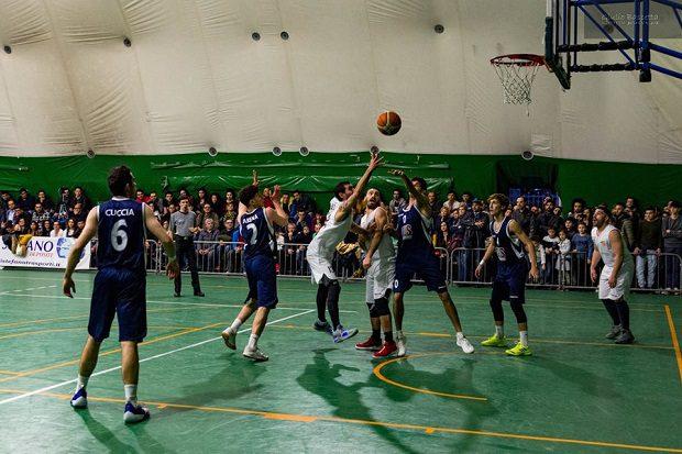 Sport. Sfida cruciale per l'Adrano basket: domenica arriva Alcamo