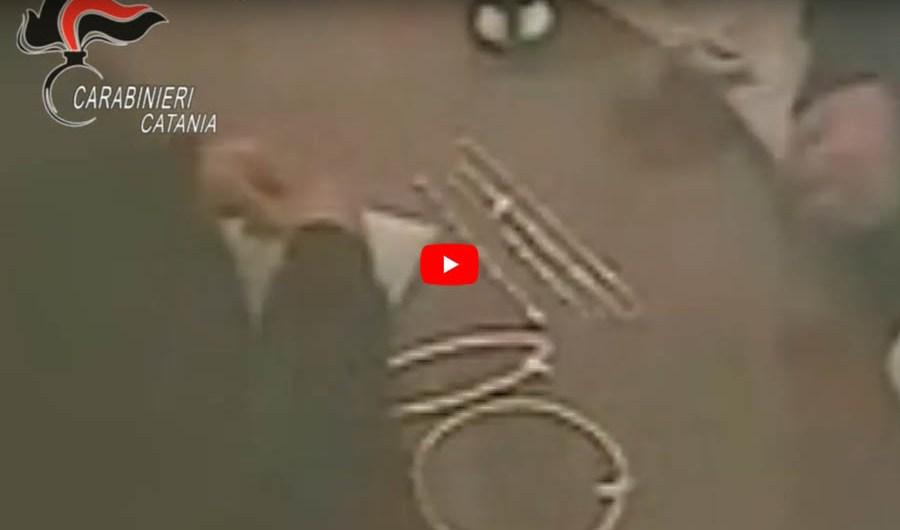 """Grammichele. """"Pizzo"""" a gioielliere, tre arresti (VIDEO dell'estorsione)"""