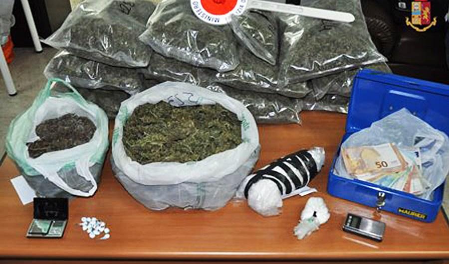 Adrano. Marijuana e cocaina, arrestati 4 pregiudicati