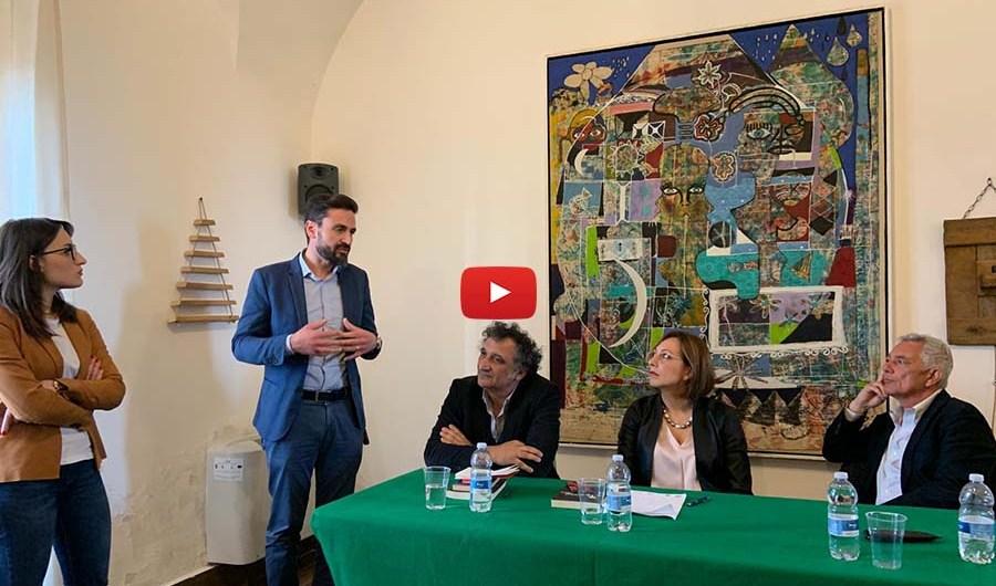 """Santa Maria di Licodia. Presentato libro """"Il padrino dell'antimafia"""" del giornalista Attilio Bolzoni"""