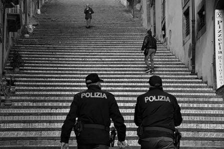 """Catania. Operazione della Polizia """"Ampio raggio IV"""", per un Natale più sicuro"""
