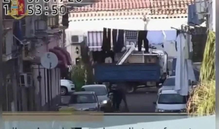 """Catania. Sgominata piazza di spaccio del """"Tondicello della Plaja"""""""