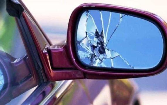 """Ss121. Il racconto di una donna: """"Attenti alla truffa dello specchietto"""""""