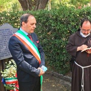Paternò. Commemorati padre Ravazzini e i caduti nei bombardamenti del '43