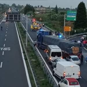 Catania. Grave incidente sulla A19