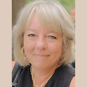 Nancy Romic headshot