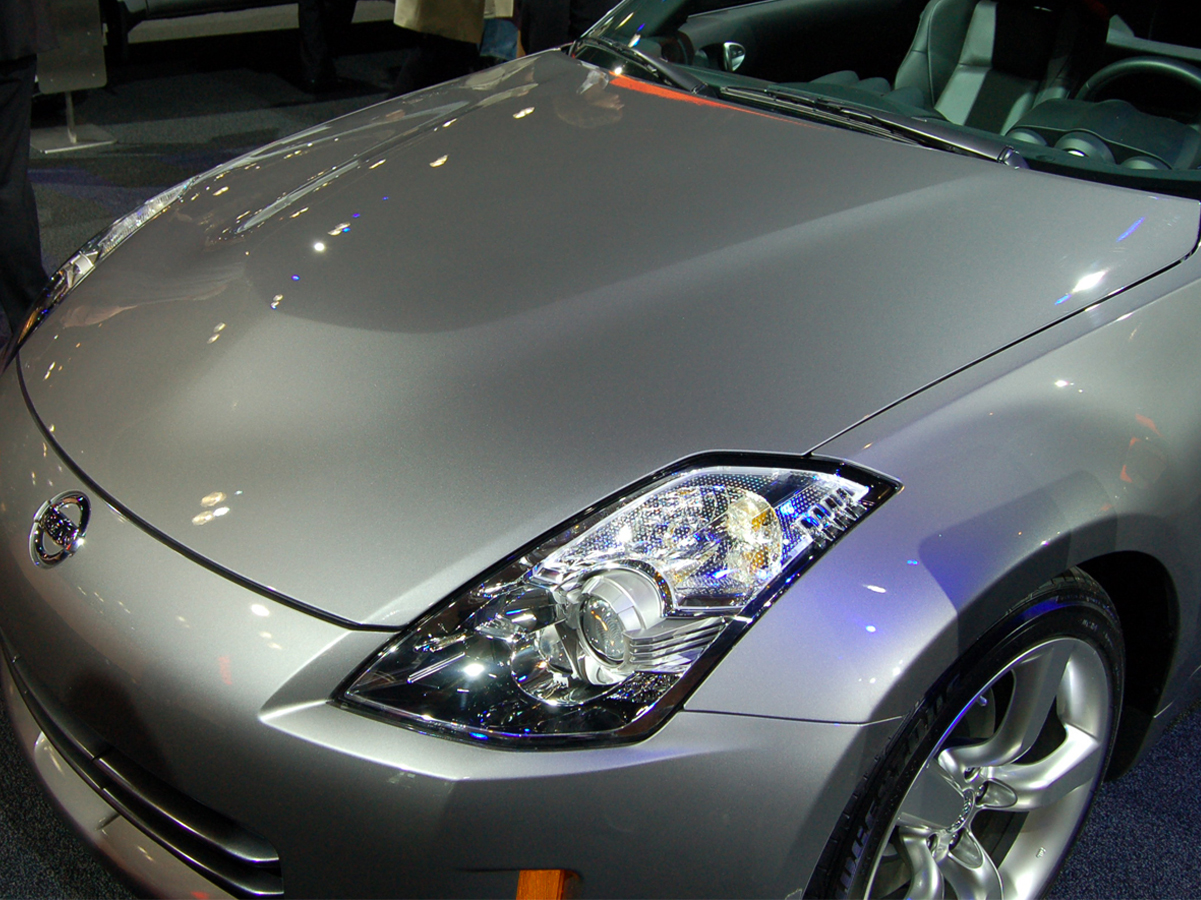hight resolution of oem nissan 350z aluminum hood 598 00 548 00 part