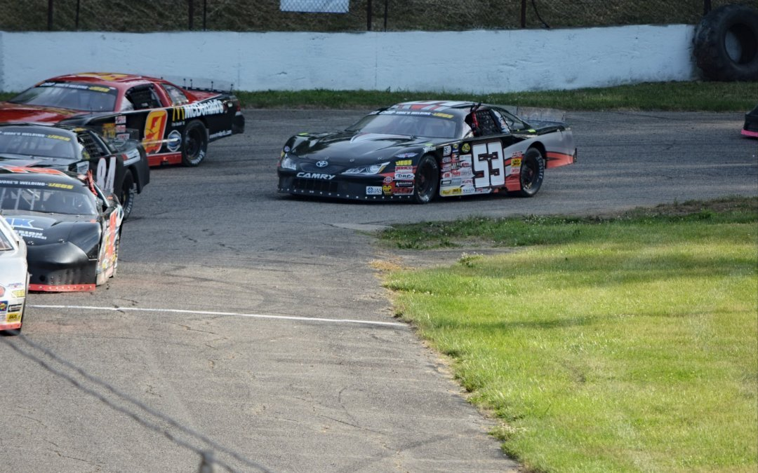 Zachary Tinkle and Lorz Motorsports Top 5 Finish In First Vore's Welding CRA Late Model Sportsman Event of 2018