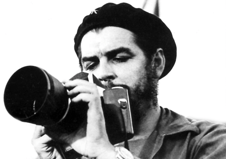 Even Che Guevara used a P6 (likely a Praktisix with leather sheath).