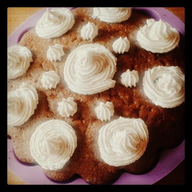 ciasto cynamonowe z kremem