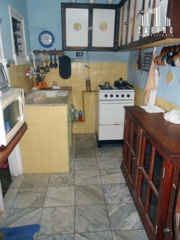 Se vende apartamento en bajos en el Vedado