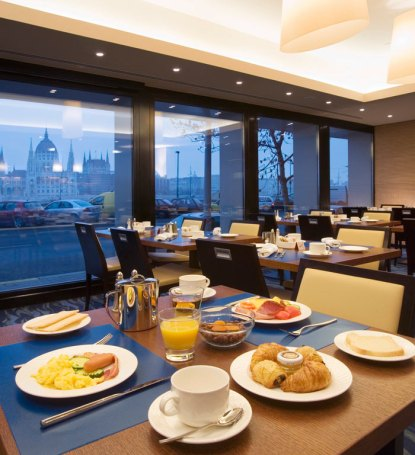 breakfast_room