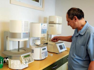 implantcenter-fogaszat-fogtechnika-2