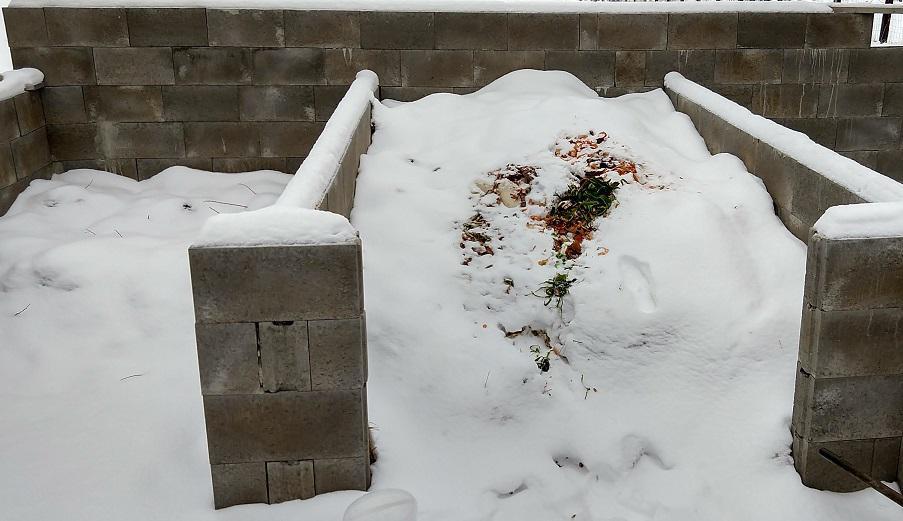 Na kompost noste i v zimě