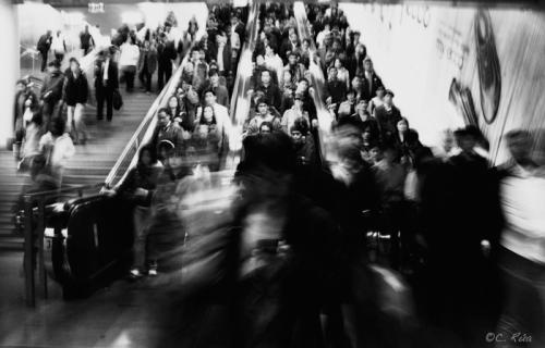 """""""El Homiguero"""". Hora punta en una de las estaciones de metro de Shanghai."""