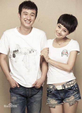 Wen Zhang y su esposa Ma Yili, una de las parejas televisivas más famosas de China.