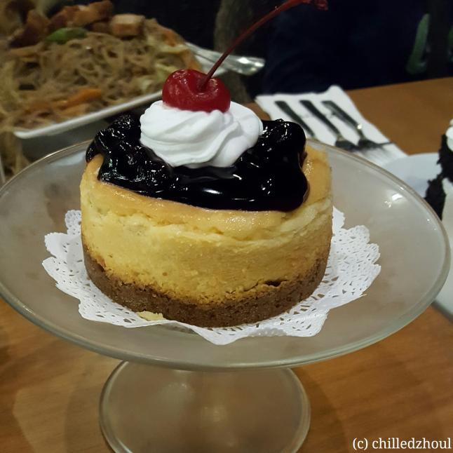 olive cafe_blueberry cheesecake
