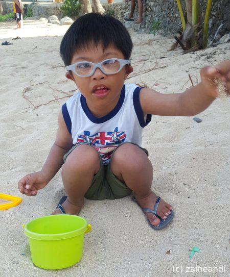 treasures of bolinao_sand play