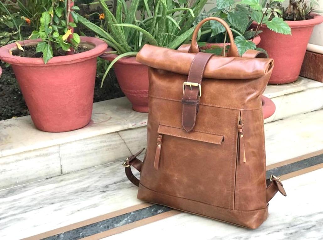Zakara Leather Tracking Bag