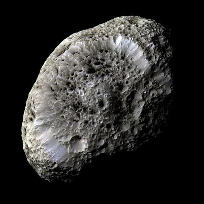 hyperion2_cassini_big