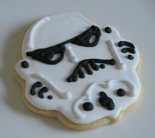 stormtrooper-cake