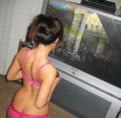 sexy_gamer_girls_widescreen