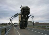 truck_in_the_most_stupid_way_01