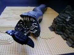 lego dune ver sandworm catch