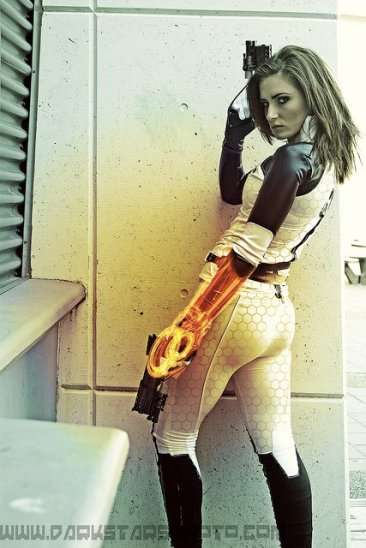 mass effect2 cosplay fille