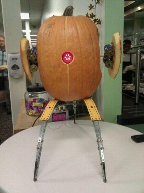 robot portal citrouille