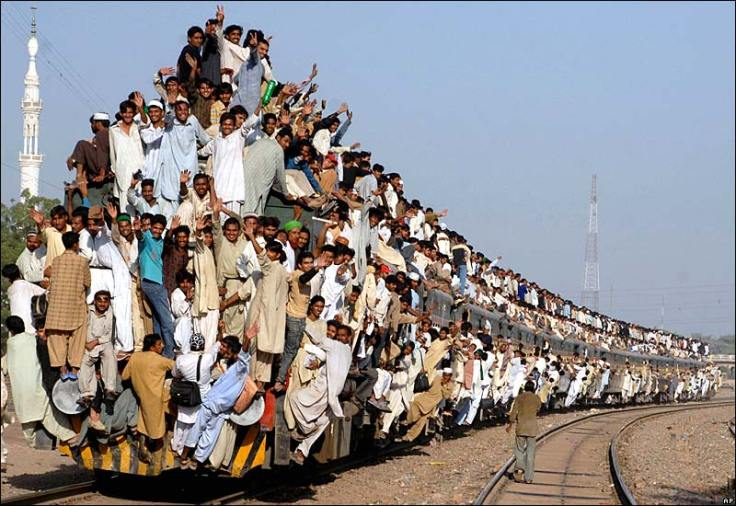 Train-pakistan