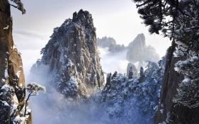 montagnes-chine neigejpg