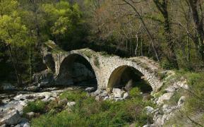 pont pierre ruine