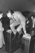 photo chirac saute metro