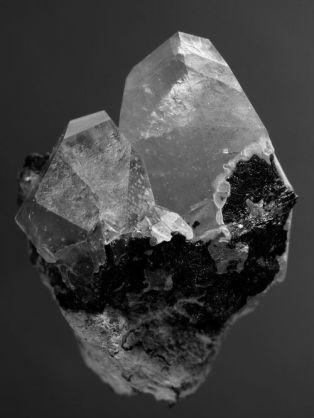 cristaux noir et blanc