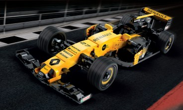 lego renault rs17 - certified professional