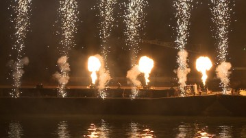 Outdoor Flame - Barges