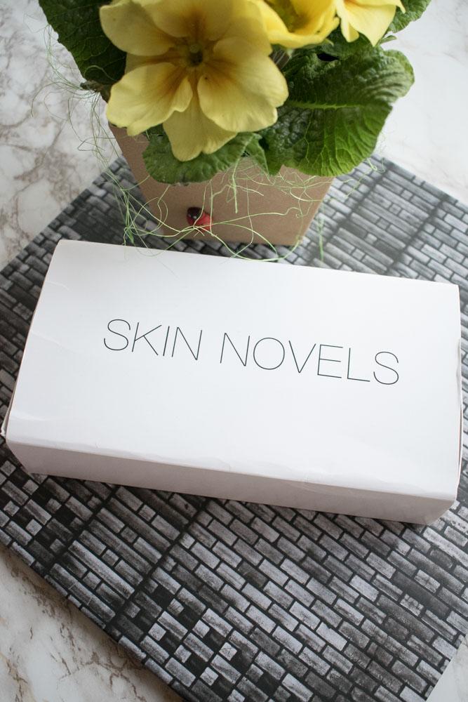Povestea pielii începe cu Skin Novels!