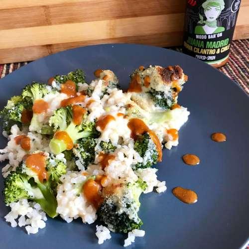 Brócoli gratinado con bechamel y picante
