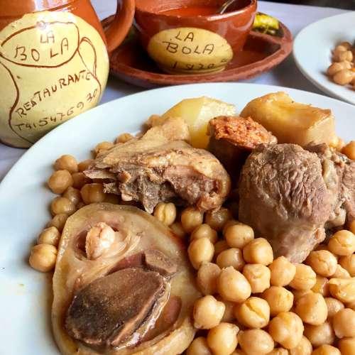 Cocido madrileño en la Taberna la Bola - Madrid