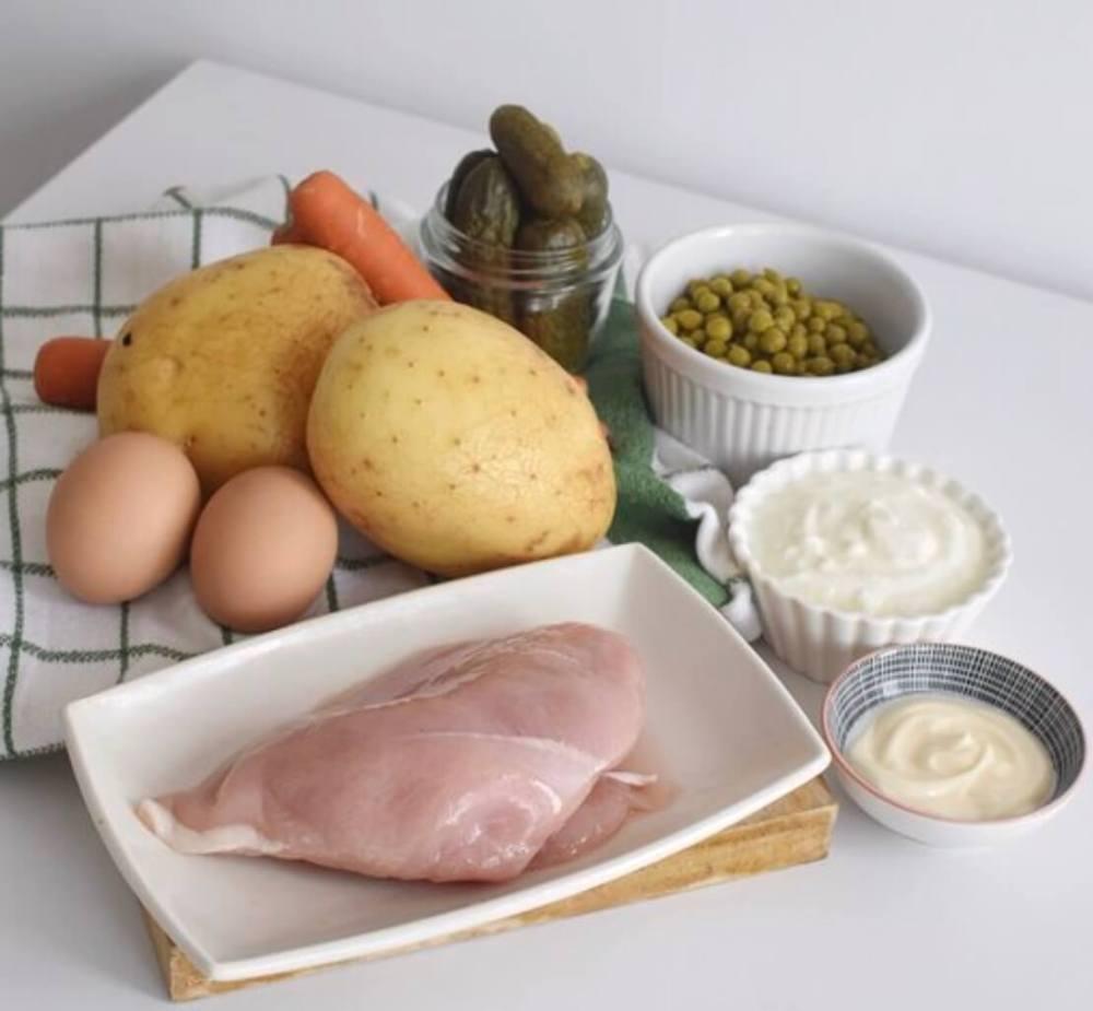 Ingredientes para preparar ensaladilla