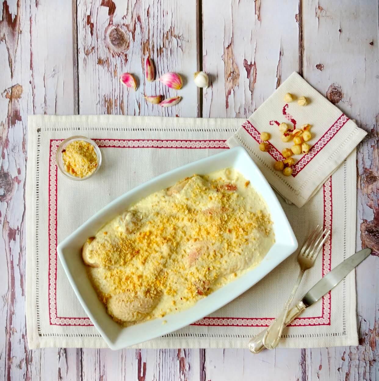 Muslos de pollo en salsa de avellanas
