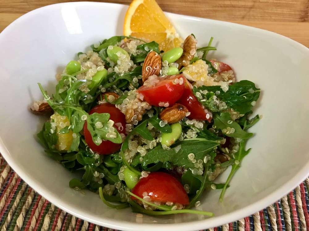 Ensalada fitness de quinoa y cítricos