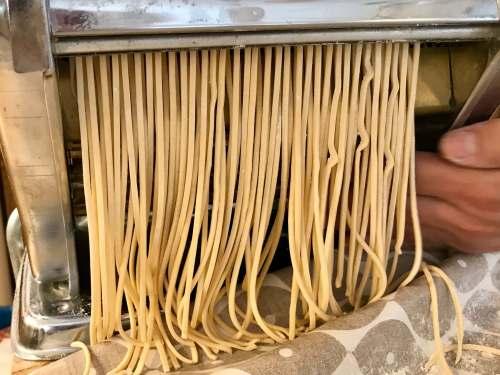 Espagueti fresco casero