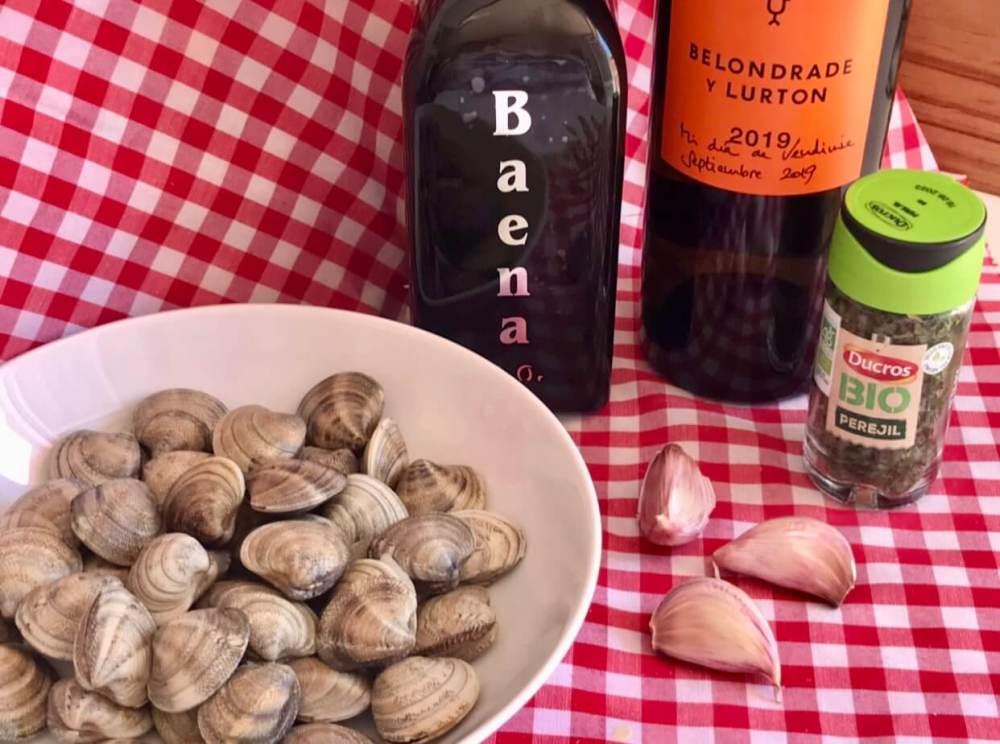 Ingredientes para cocinar almejas